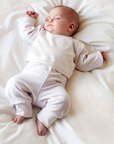 CREATING A SLEEPING ROUTINE FOR THE BABY